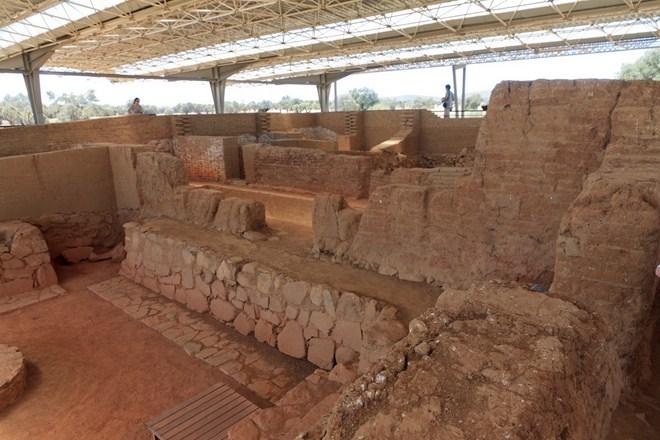 Yacimiento Arqueológico de Cacho Roano